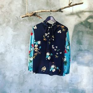 Zara printed knit tie blouse in black and blue